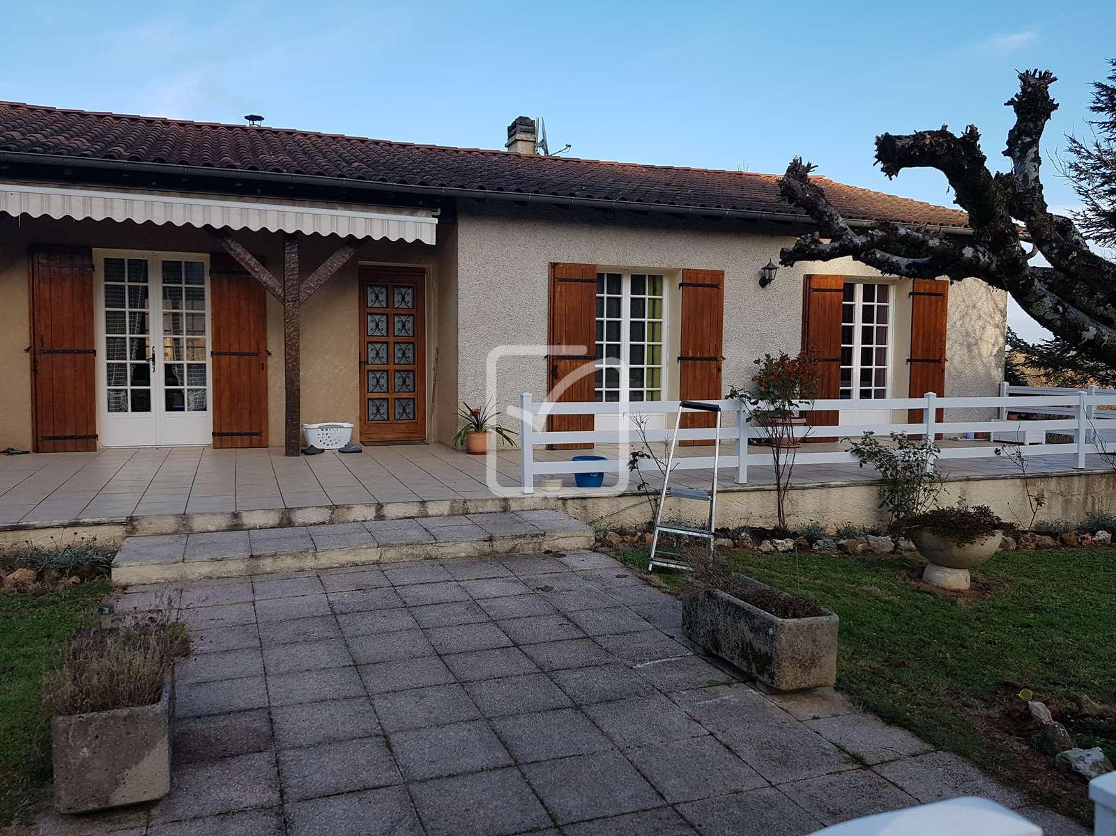 Annonce vente maison la douze 24330 140 m 163 500 for Maison de la moto belle rose