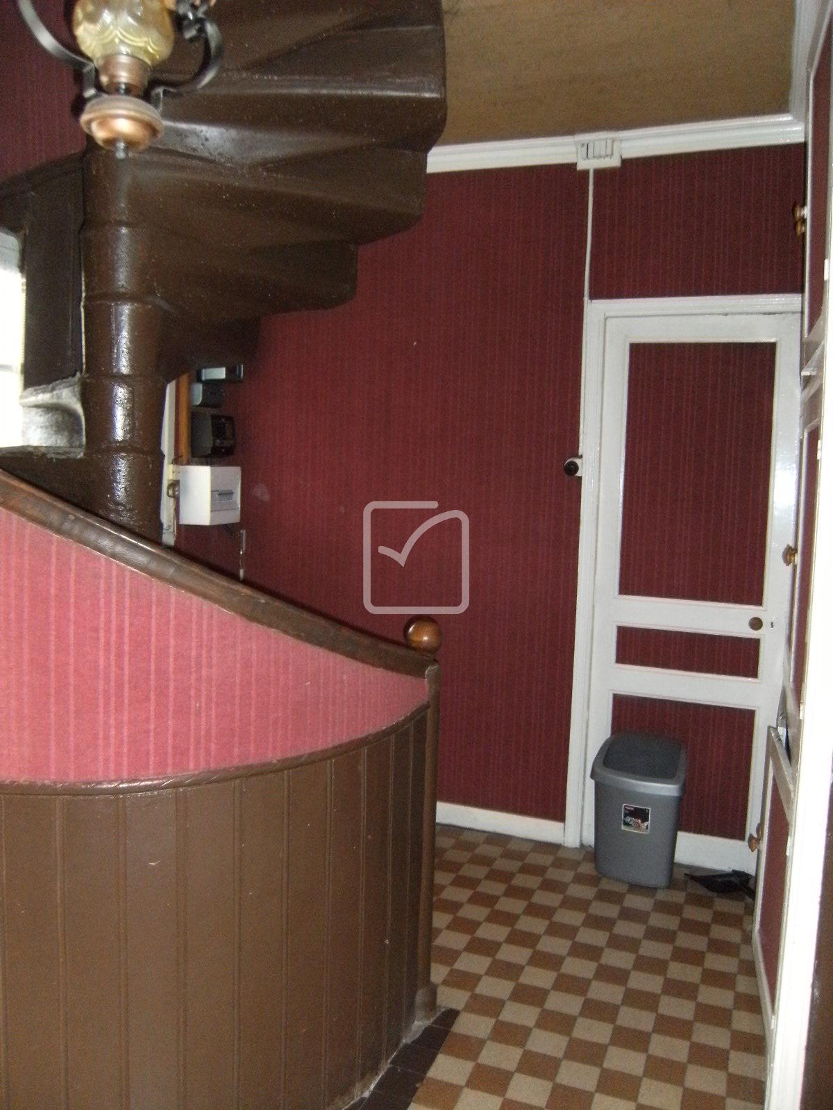 vente maison retaper 29800 tremaouezan. Black Bedroom Furniture Sets. Home Design Ideas